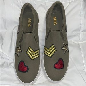 Mia Army Style Slip-Ons (8.5)